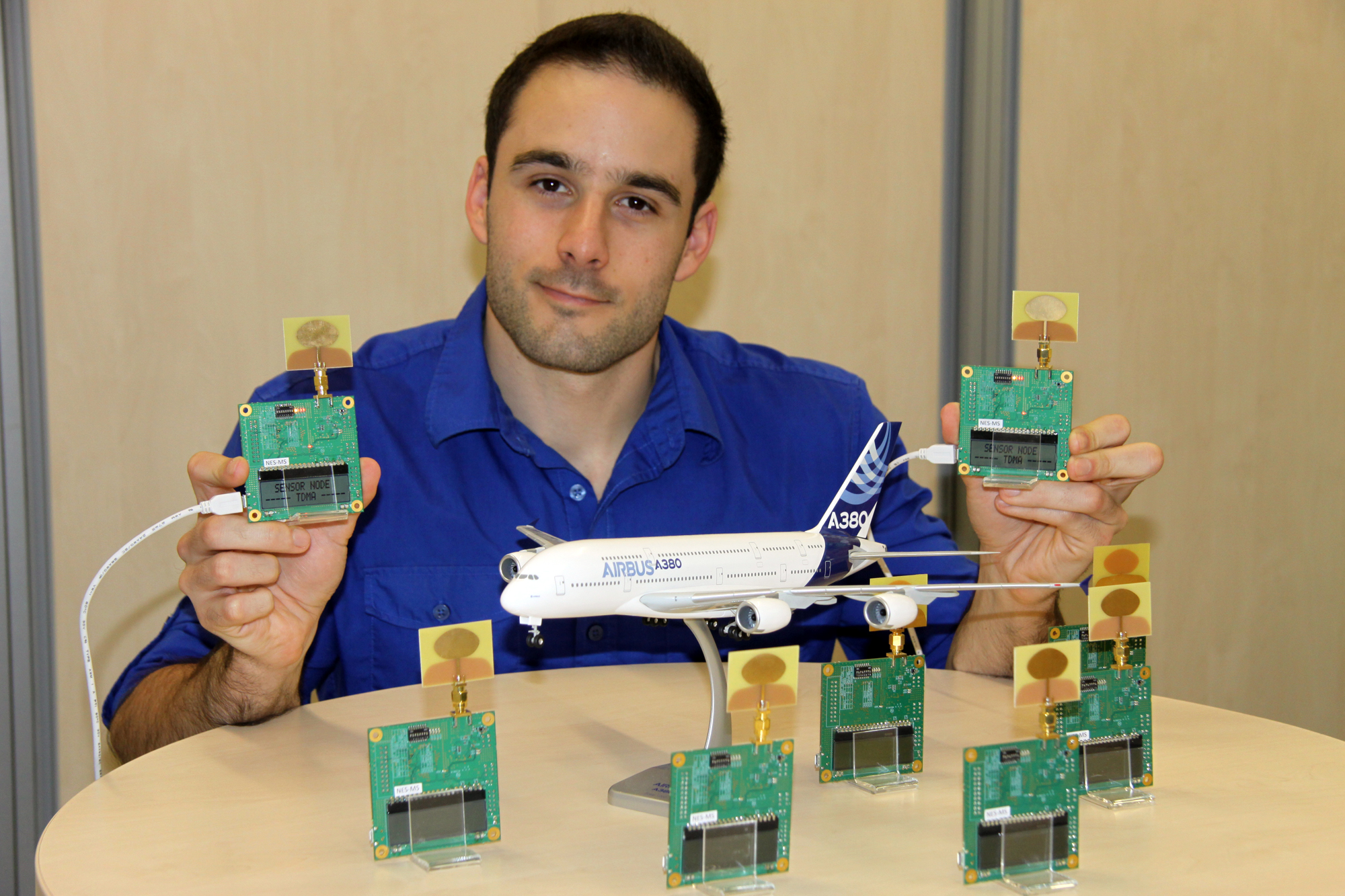 UWB sensor networks in airplanes – Networked and Embedded